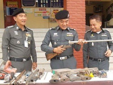 Krabi Police raid illegal gun factory | The Thaiger
