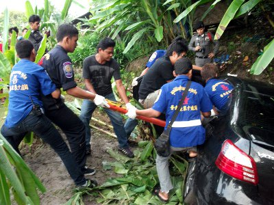 """Unidentified foreign male dies in """"high-speed' Phuket car crash   The Thaiger"""