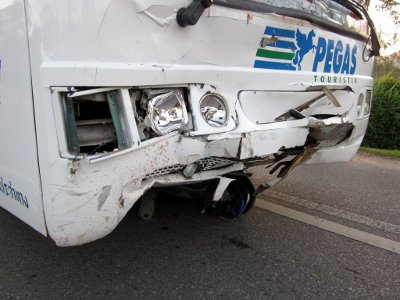'Hit-and-run' driver still at large | Thaiger