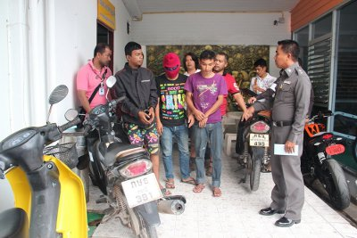 Phuket police nab bag snatchers in Patong | Thaiger