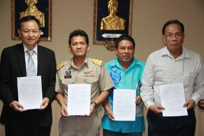 Phuket Airport authorities approve all 'new' taxis | Thaiger