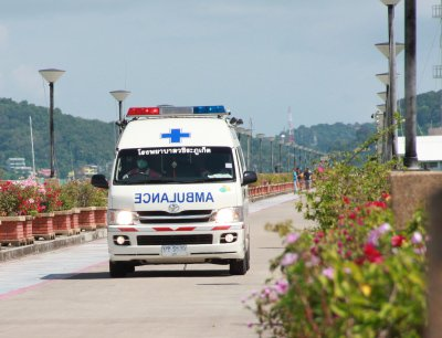 One Phuket swimmer drowns, one sent to hospital | The Thaiger