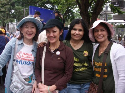 Phuket protesters home safe after Pitak Siam rally in Bangkok | The Thaiger
