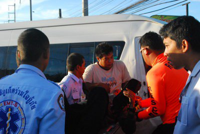 Phuket van crash driver to face vehicular manslaughter charge | The Thaiger