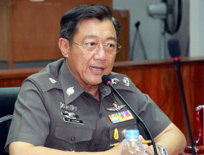Phuket police chief calls on officers to use smart phones, rolling checkpoints | Thaiger