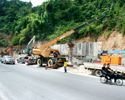 Work on Phuket landmark delayed | The Thaiger