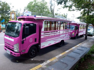 Phuket Town 'Pink Bus' project wins 'innovation' award | The Thaiger