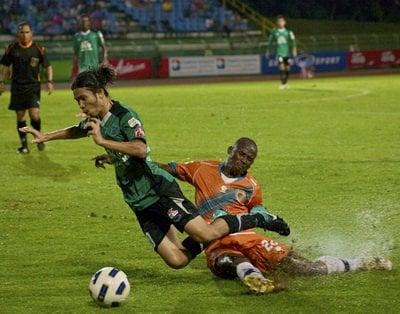 FC Phuket 2 – 0 RBAC | The Thaiger