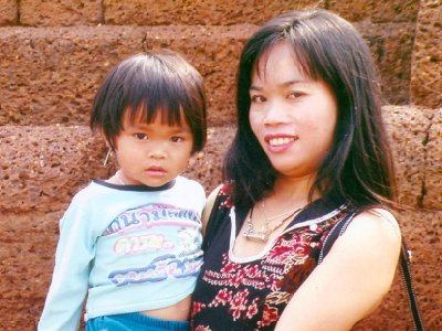 Children of murdered bar hostess to receive scholarship funds | The Thaiger