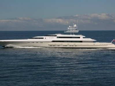 Superyachts arrive in Phuket | The Thaiger