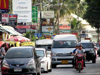 Phuket roundabout: Patong one-way to be reversed – again | The Thaiger