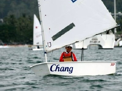 Anapat, 10, sails to Phuket dinghy race victory | The Thaiger