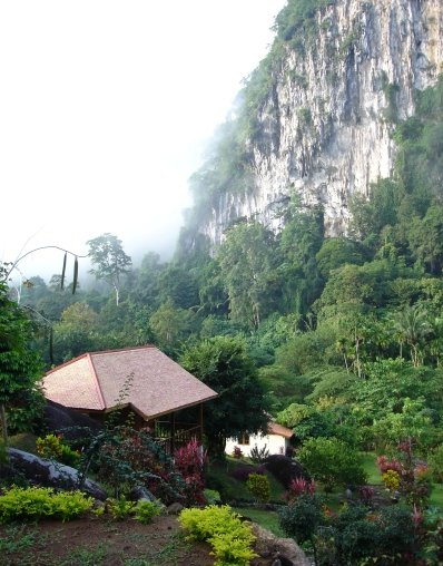 Phuket Update: One dead, four injured in Krabi mudslides | The Thaiger