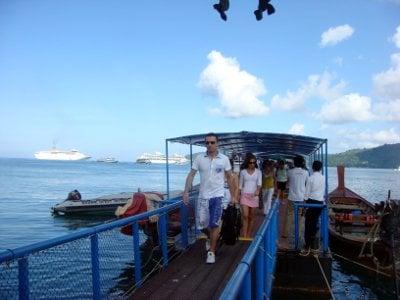 Phuket VIPs greet cruise ship passengers   The Thaiger