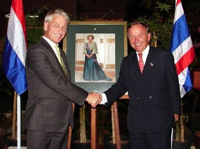 Netherlands ambassador lauds honorary consuls | The Thaiger