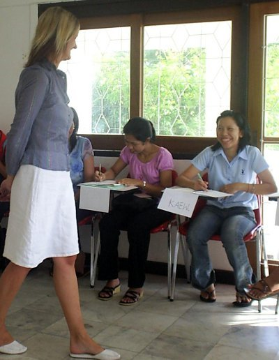 Phuket Poll: Fair to have English tests for UK spousal visas? | The Thaiger
