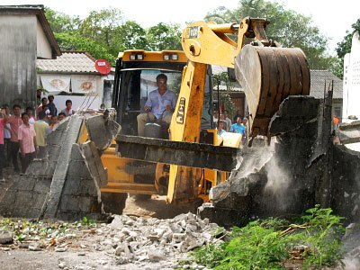 Breaking through: Phuket road near completion | The Thaiger