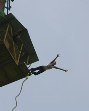 Phuket bungee jumper in near-fatal accident | The Thaiger