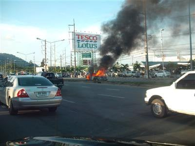 Mystery surrounds Phuket car fire   Thaiger