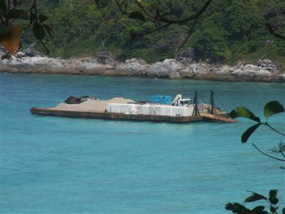 Barge damages coral at Racha Island | The Thaiger