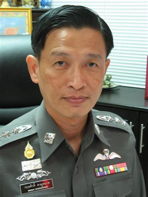 Col Grissak to leave Phuket in police reshuffle | The Thaiger