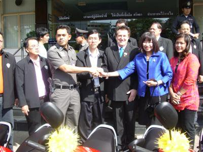 Seven Suzukis for Phuket City Police | The Thaiger