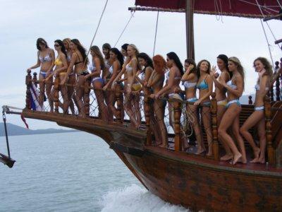 Miss Poland does Phuket | The Thaiger