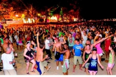 Big name DJs in bumper beach fest | The Thaiger