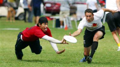 Ultimate Frisbee takes off in Phuket | The Thaiger