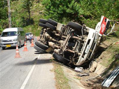 Cement truck overturns in Phuket | The Thaiger