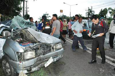 Woman killed by truck in Phuket | The Thaiger
