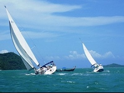 Phuket yacht racers fired up for Victron final | The Thaiger