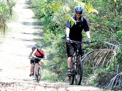 On your bike from Phuket to Koh Yao Noi for the kid's community center | The Thaiger
