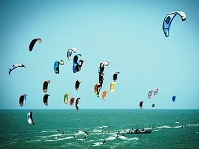 Kiteboarding lifts off at Phuket King's Cup Regatta | The Thaiger