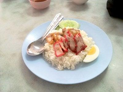 Phuket business: Inflated eats; Flower sales bloom; Kata – Karon branded green; Taiwan bar raised | The Thaiger