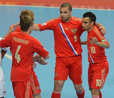 FIFA Futsal World Cup: Thai fans keeping fingers crossed for Serbia/Russia win | The Thaiger