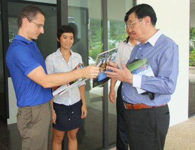 Phuket's TSLC signs 2mn baht deal with China's elite Liaoning Swimming Club | The Thaiger