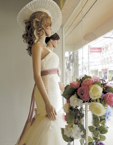 Phuket Business: Chapel bells boost dress sales | The Thaiger