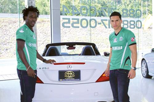 Phuket Business: Luxury auto dealer aligns brand with international football lovers | The Thaiger