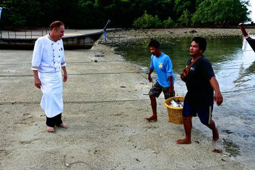 Phuket's Iron Chef goes live tonight | The Thaiger
