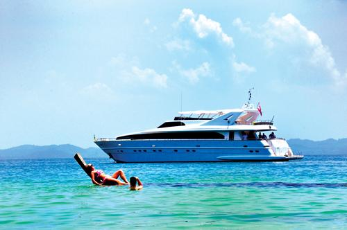 Phuket Lifestyle Party On For Superyachts The Thaiger
