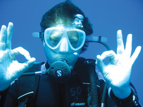 Snot squeezes and secrets – Phuket Diving | Thaiger