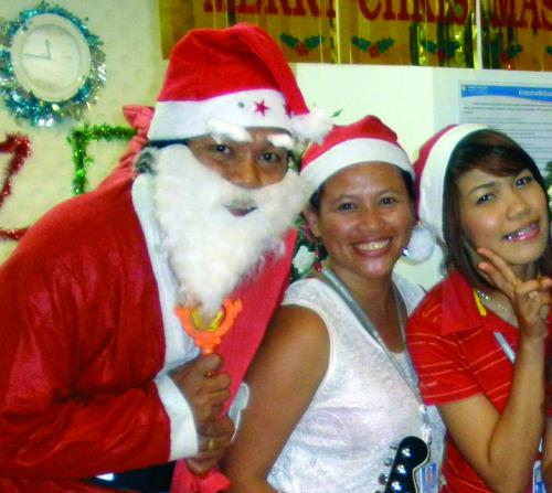Phuket Opinion: Santa says a smile is the best Christmas gift of all | The Thaiger