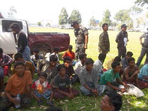 171 Rohingya refugees arrested north of Phuket | Thaiger