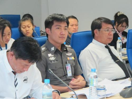 Phuket airport tackles Chinese tourists' immigration queue congestion   The Thaiger