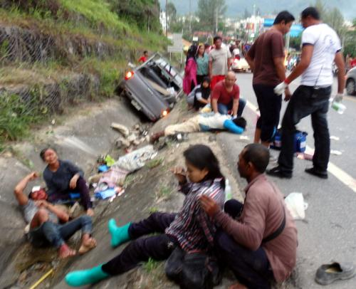 One killed in Phuket construction work truck crash [video report] | Thaiger