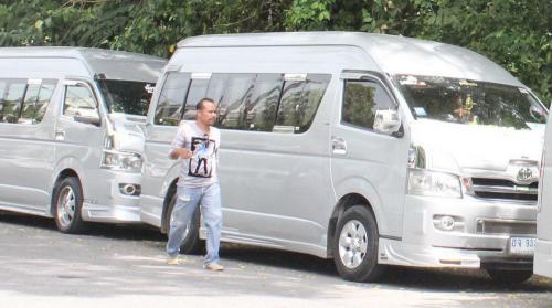 145ed8f585 Phuket tourist van drivers win reprieve against arrests