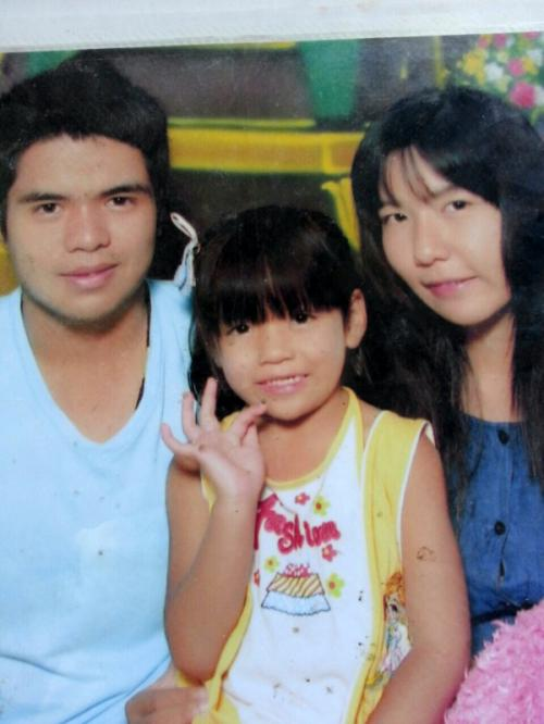 Phuket mother denies rumor that 7-year-old daughter's body was found   The Thaiger