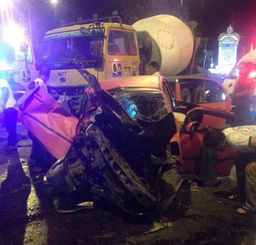 Cement truck juggernaut demolishes small car, driver safe [Video] | Thaiger