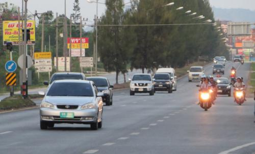 Speed cameras operational, but speed limit signs continue non-existent | The Thaiger